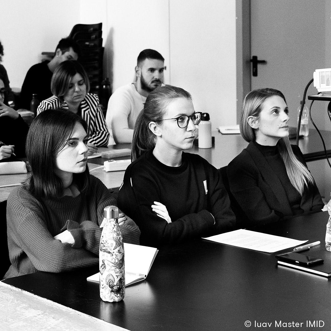 iuav master IMID presentazione VIII edizione studenti in classe