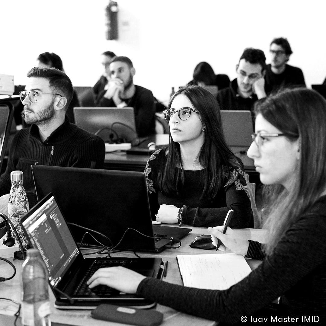 iuav master IMID rendering e post-produzione studenti a lezione