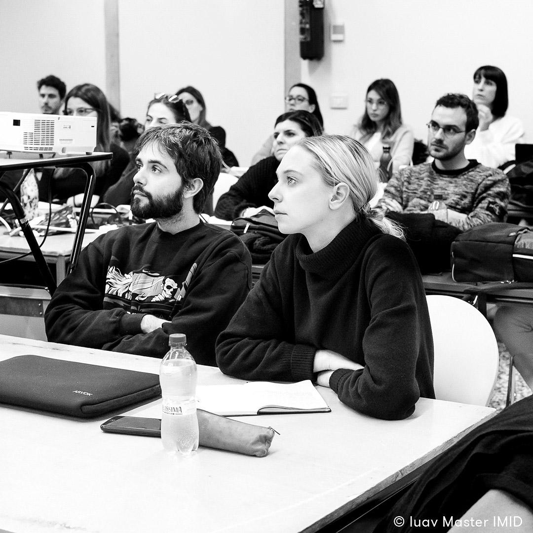 iuav master IMID comunicazione visiva lezione in aula studenti