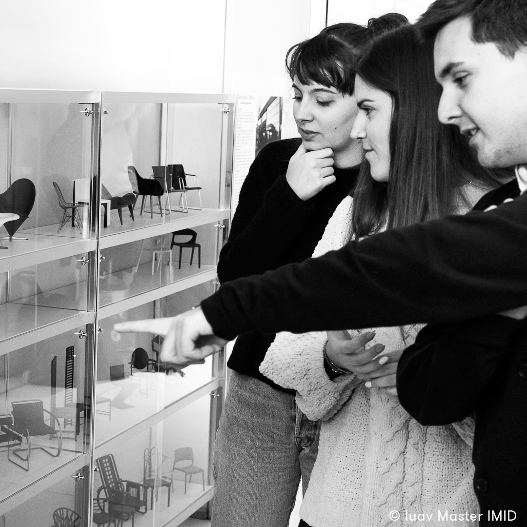 iuav master IMID campus Ambiente Ufficio padova studenti miniature vitra chairs