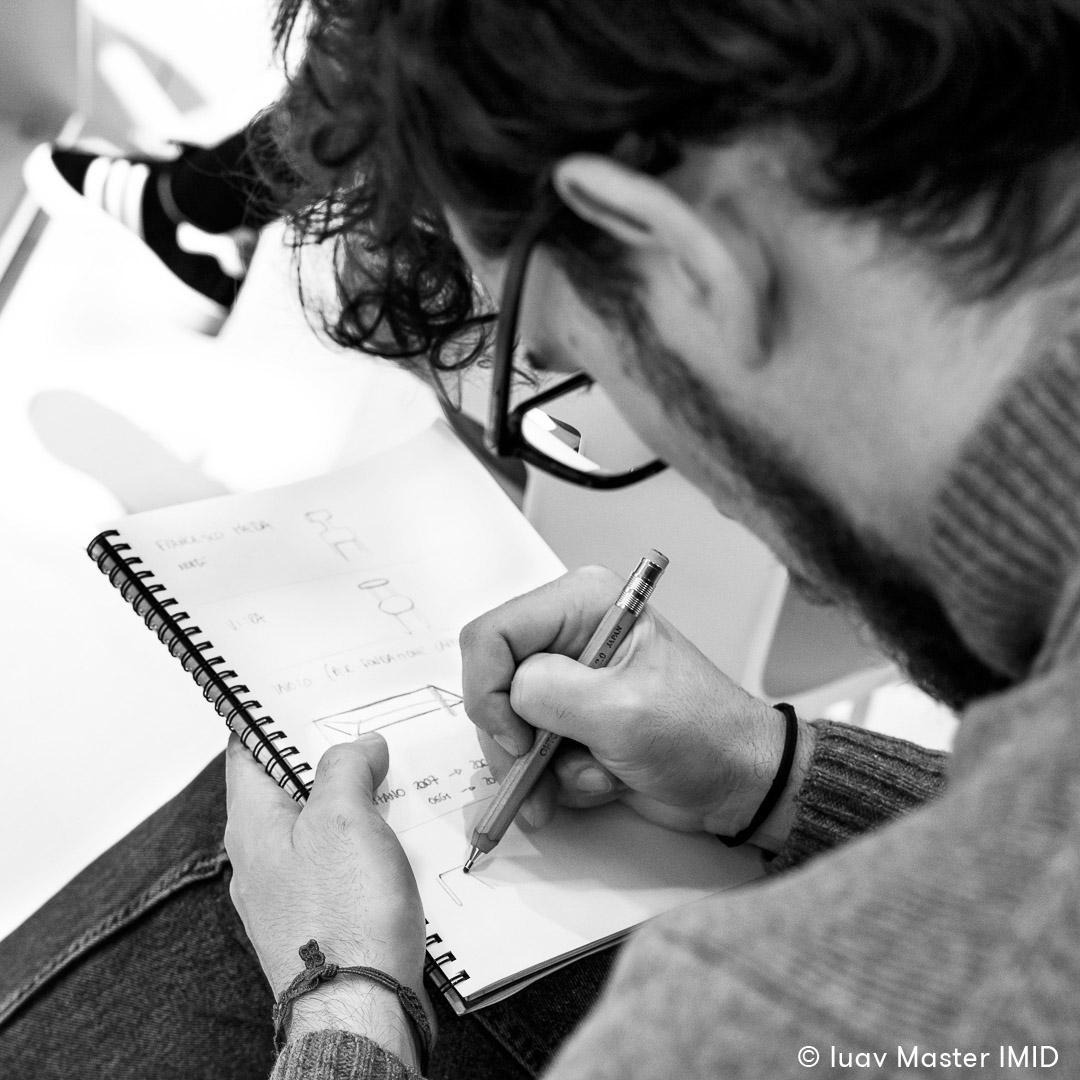 iuav master IMID campus Ambiente Ufficio lezione interior design in azienda studenti sketch